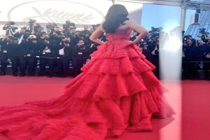 In Graphics: Cannes 2017 Day 4: Aishwarya Rai Bachchan RAVISHING in RED in an off-shoulder gown on red carpet..