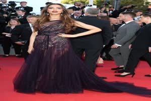 In Graphics: CANNES 2017: IN PICS- After Deepika Padukone, Mallika Sherawat impresses at the RED CARPET; Bol…